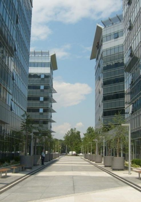 Blue Center (BREEAM certified), 30,000 m², Property & Facility Management, Bluehouse capital office building