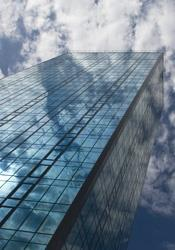 Hypo Alpe-Adria-Bank, 17.000 m², tehničko i higijensko održavanje, centrala, 47 poslovnice